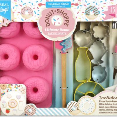 Donut Shoppe Ultimate Baking Party Set