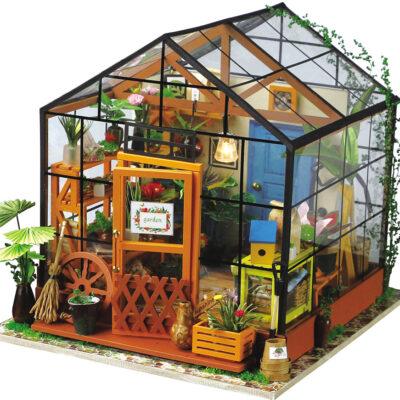 DIY Miniature House: Cathy's Flower House