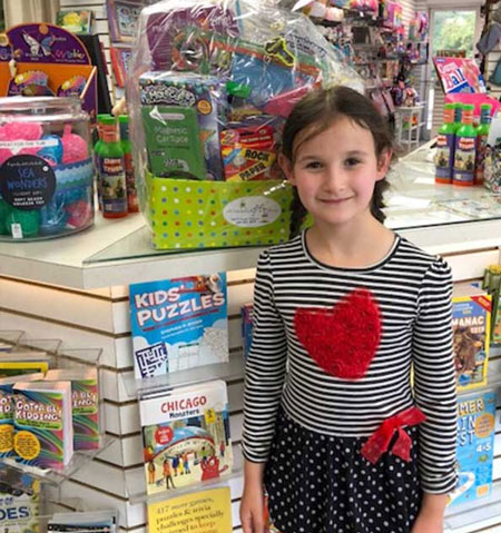 store-picts-girl-with-basket-heart-shirt